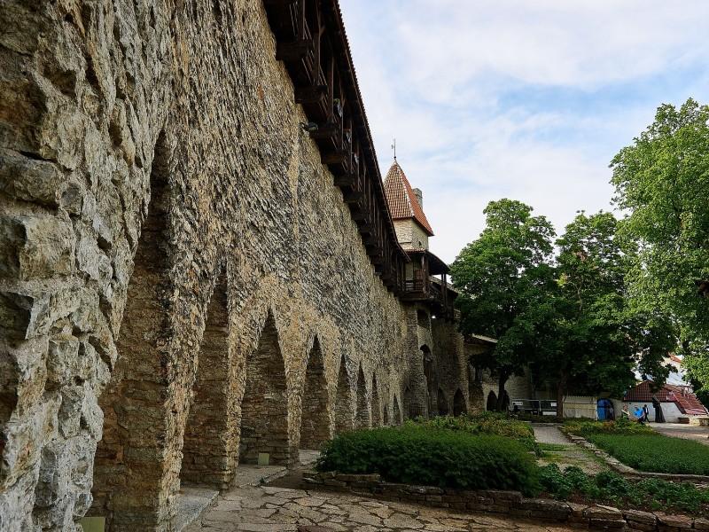 Mittelalterliche Stadtmauer von Tallinn