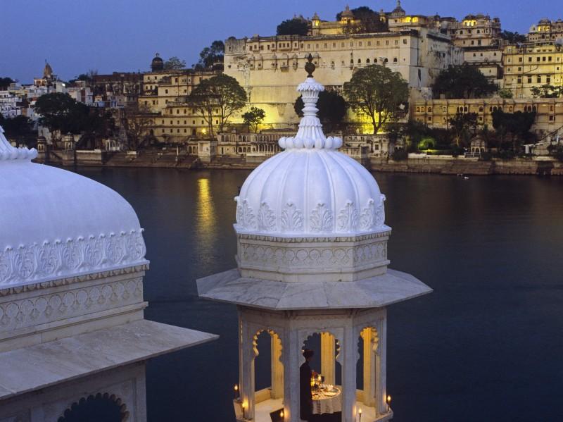 Lake Palace Hotel & Stadtpalast, Udaipur