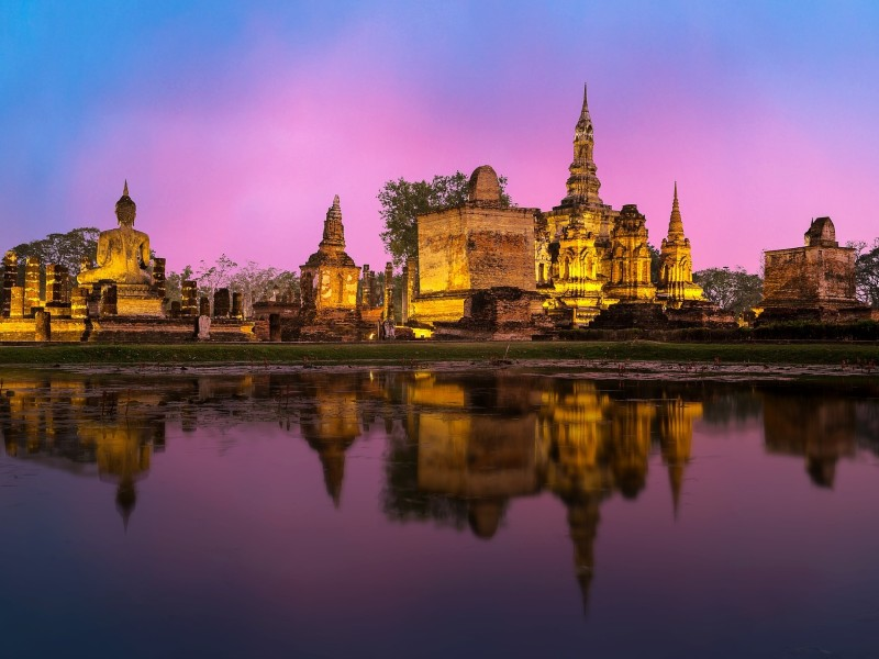 Ayutthaya erleuchtet