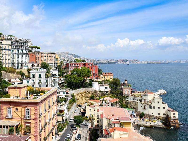 Italien-Neapel-Küste