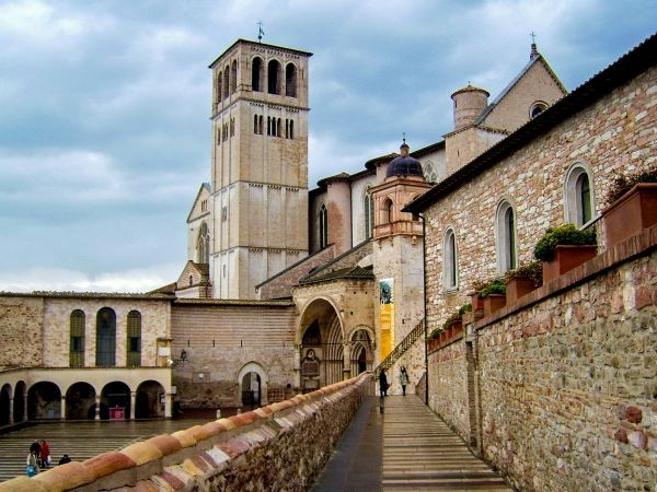 italien_umbrien_assisi_basilica st. fran