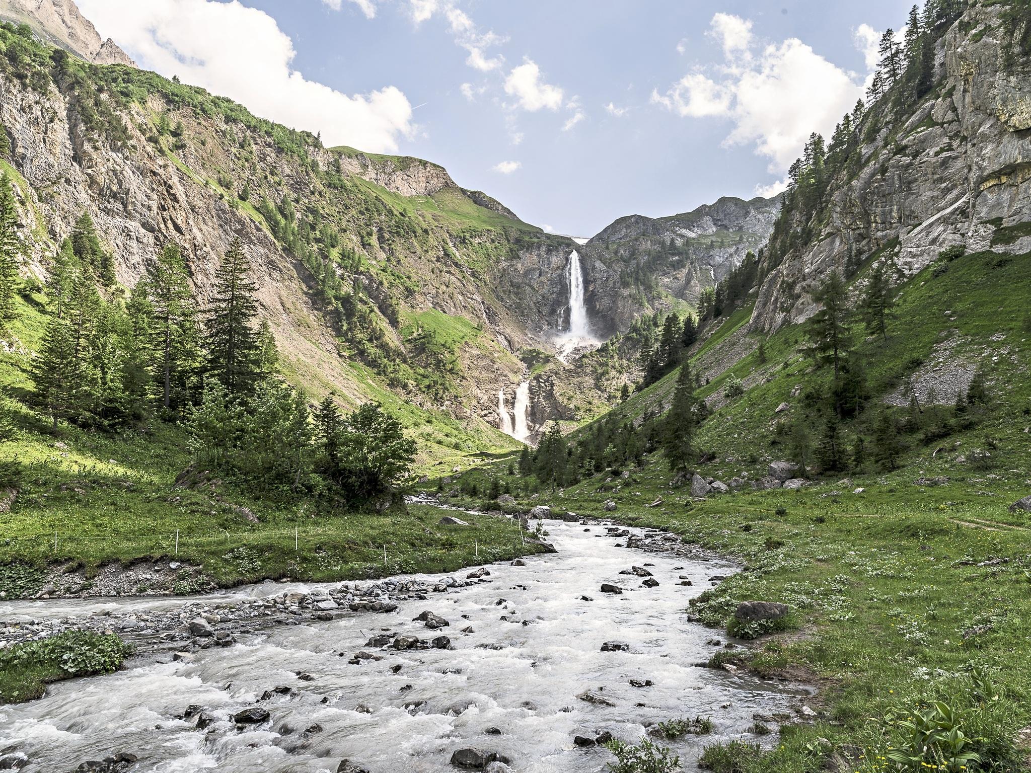 Bergpanorama und Genuss in Gstaad