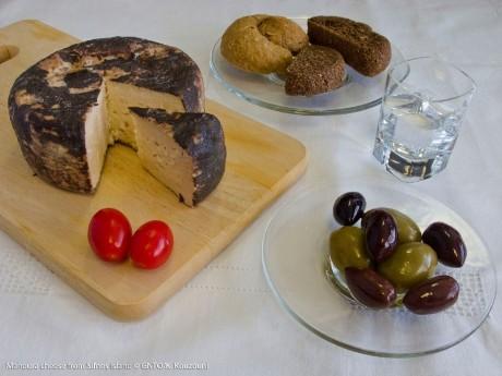 griechenland-kreta-manoura cheese