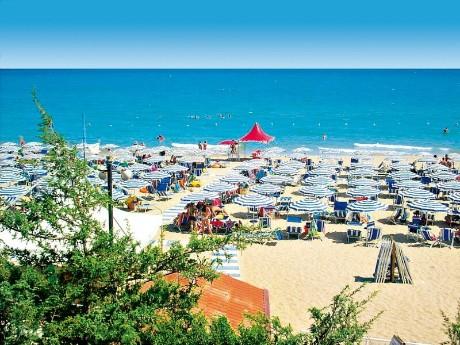 Nicotel Pineto - Strand