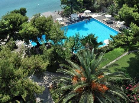 griechenland_isthmia_hotel saron-pool ar