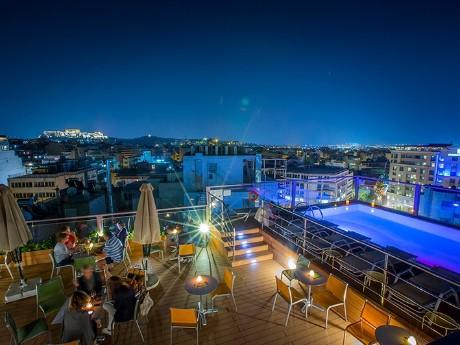 griechenland-athen-novus hotel-dachterra