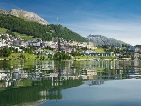 schweiz-st-moritz-bergbahn-blick auf see