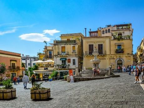 Italien-Sizilien-Taormina-Piazza
