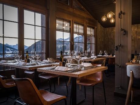 schweiz-saanen-huus-gstaad-restaurant