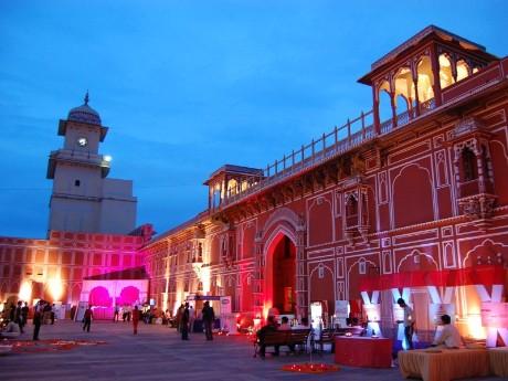 Stadtpalast von Jaipur am Abend