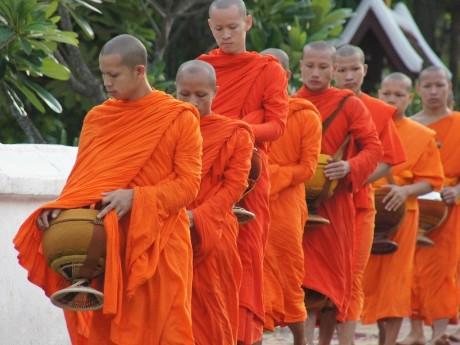 Almosengang Luang Prabang
