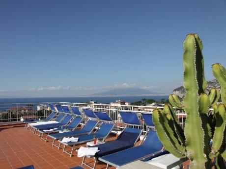 Hotel Caravel - Dachterrasse