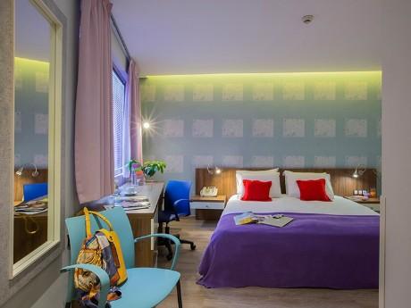 giechenland-athen-novus hotel-zimmerbeis