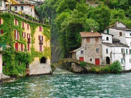 Antike Häuser am Comer See