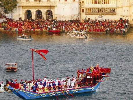 Udaipur, Mewar Festival