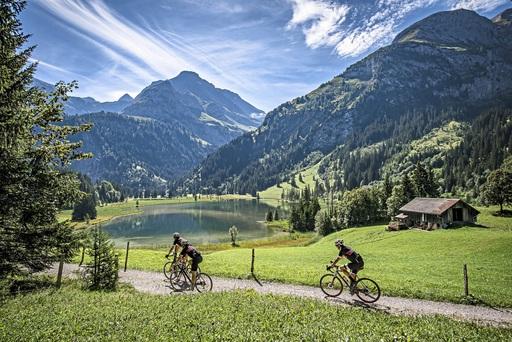Verlängerung Gstaad, Sommer