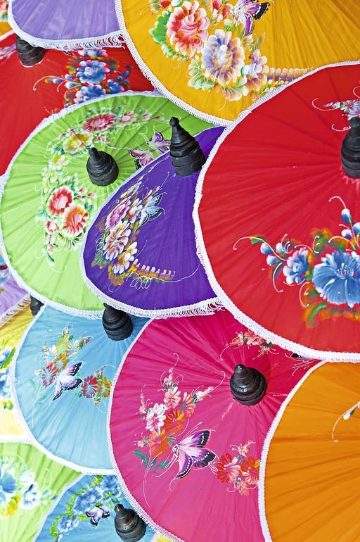 Bunte Schirme in Chiang Mai