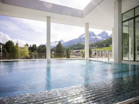 Swimmingpool OVAVERVA, St. Moritz