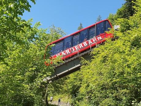 schweiz_interlaken_harderbahn