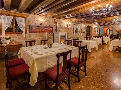 Italien - Villa Tacchi -Restaurant