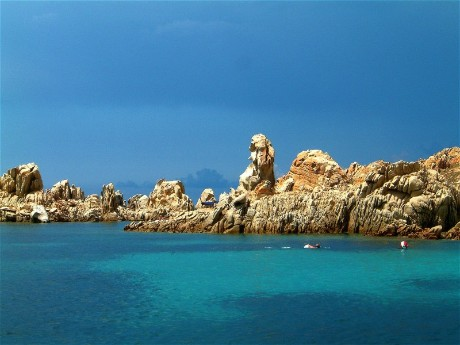Isola Razzoli, Costa Smeralda