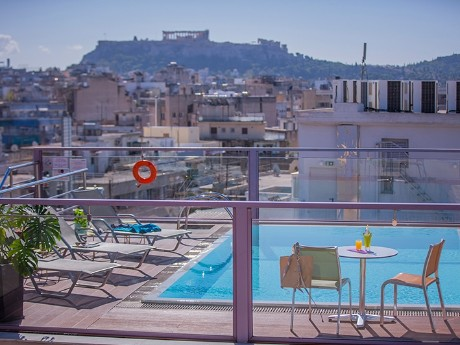 griechenland-athen-novus hotel-pool